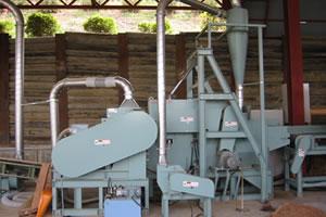 おが粉製造機(標準タイプ)