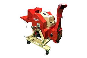 中型木材チッパーK150(PTO駆動)