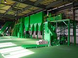 飲料容器リサイクルプラントのリニューアルで作業効率・生産能力の向上