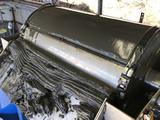 焼却灰を含む汚泥の真空脱水機(強力ポンプ仕様)を納入いたしました。