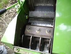 納入実績1・自走式小型木材チッパー