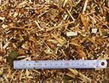 繊維状の粉砕が良質堆肥と土壌改良に役立ちます。