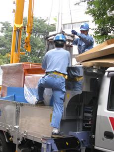 PCB保管容器へトランスの収納2