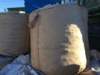 フレキシブルコンテナバッグはワンウェイ、使い切りとして使用しています。