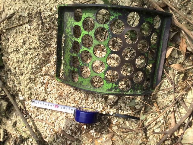 30mmのチップはマルチング材、堆肥として活用(写真はデモ機のスクリーンです)